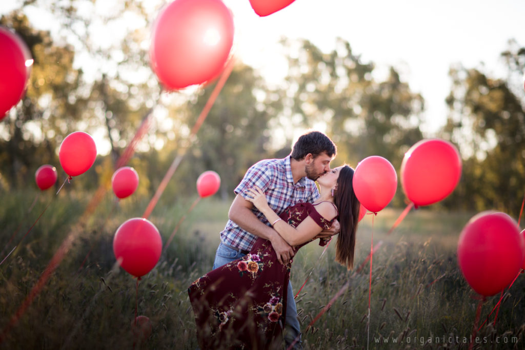 This is how they do Engagement Photos in the Free State